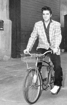 photos of ElvisPresley on pinterest | Elvis Presley | Elvis Presley