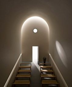Interior model of the chapel Casa delle Bottere by John Pawson at the Design Museum London. Sacred Architecture, London Architecture, Church Architecture, Religious Architecture, Light Architecture, Architecture Details, Interior Architecture, Design Museum London, John Pawson