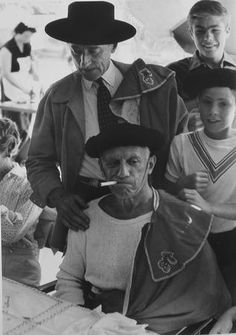 Picasso, qué genio!  Bullfighter.