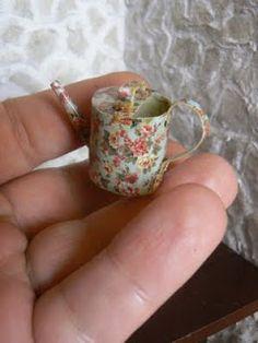 Tenia yo ganas de hacer un bodegon con las famosas jarras de papel. Hice mis pinitos hace ya tiempo, pero me ha apetecido volver a ha...