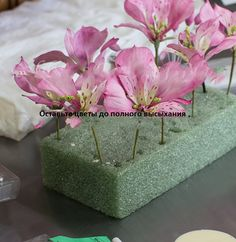 Gumpaste Alstroemeria Lily With Full Blown Roses - By Bobbie - Cake Decorating Website