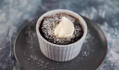 Chocolate and Vanilla Puddings Self Saucing Chocolate Pudding, Self Saucing Pudding, Gourmet Cooking, Cooking Recipes, Keto Recipes, Deserts, Vanilla, Dessert Recipes, Yummy Food