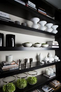 open shelving. kitchen. Kelly Hoppen