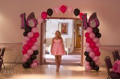 sweet sixteen birthday | susie balloon arch sweet 16 430x286 Susies Sweet 16 Golden Birthday ...