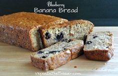 Blueberry Banana Bread ~ http://veganinthefreezer.com