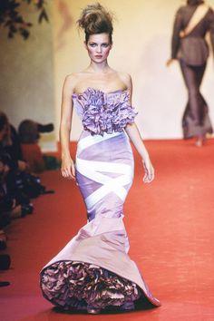 Kate Moss au défilé Vivienne Westwood Haute Couture printemps-été 1995 couture