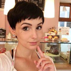 simple easy daily short haircut - pixie cut