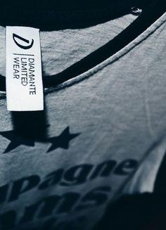 Kup mój przedmiot na #vintedpl http://www.vinted.pl/damska-odziez/bluzki-z-dlugimi-rekawami/11088472-diamante-wear-longsleeve-bluzka-s-nike
