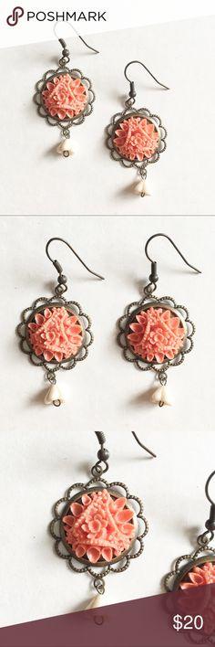 Vintage style flower dangle earrings Vintage style flower dangle earrings Jewelry Earrings