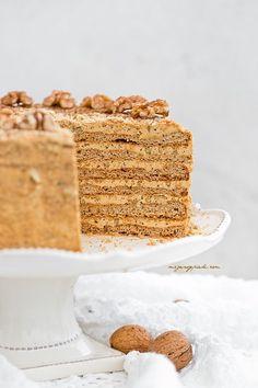 coffee walnut gingerbread cake