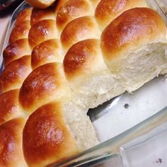 Easy Yeast Rolls: 7 Steps (with Pictures) - Tasty - Homemade Bread Sweet Yeast Rolls Recipe, Easy Yeast Rolls, Homemade Yeast Rolls, Sweet Roll Recipe, Homemade Breads, Easy Rolls, Yeast Dough Recipe, Homemade Biscuits, Dinner Rolls Easy