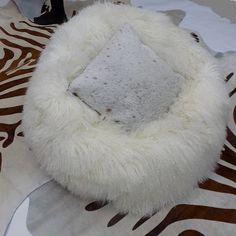 TIBETAN LAMB BEAN BAG WHITE - Decor Hides - Cowhide Rugs & Hair On Hides
