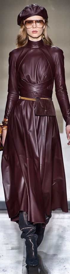 Fall 2019 RTW Zimmermann Sunnies, Shades Of Burgundy, Moda Boho, Fashion And Beauty Tips, Moda Vintage, High Fashion, Womens Fashion, Leather Dresses, Dream Dress
