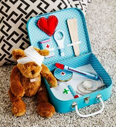 How to make a doctor's kit: Have you a budding doctor in the family? Create this cute case with all the kit so they can play doctors and nurses. Stethoscope, check. Thermometer, check. Bandages, check. Now it's time to bring on the first patient – a poorly Ted!