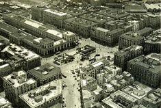 La Stazione di Napoli Centrale Piazza Garibaldi prima del 1960, quando la stazione venne arretrata per permettere la creazione di una piazza più grande.