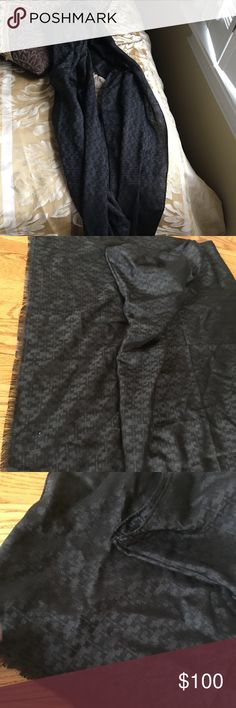 Tory Burch Black Logo Scarf Worn a few times but basically brand new! Tory Burch Accessories Scarves & Wraps