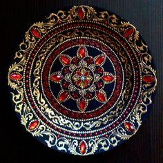 """Купить Тарелка декоративная """"Страсть' - точечная роспись, Тарелка декоративная, подарок на новый год, тарелка интерьерная"""