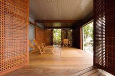 brazil-beach-house-casual-coastal-Marcio Kogan Architects