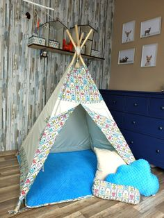KiziaMizia - BlueKitty Namiot tipi wigwam; Namiot indiański + mata + 3 poduszki - różne warianty, zestawy Toddler Bed, Trending Outfits, Handmade Gifts, Etsy, Furniture, Home Decor, Child Bed, Kid Craft Gifts, Decoration Home