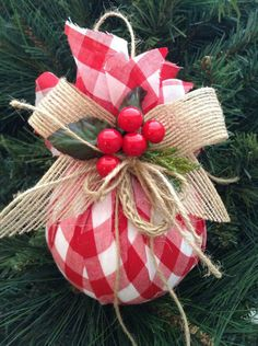 Christmas DIY : Christmas Ornaments / Red and White Xmas Ornaments / Set of 2 / Gingham Fabric Xmas Ornaments / Homespun Xmas/ Handmade and Design in FabricHome Decoration Online Shoppinggood way to use old ornaments wrap up with different holiday pr Christmas Ornament Sets, Noel Christmas, Diy Christmas Ornaments, Homemade Christmas, Christmas Wreaths, Burlap Ornaments, Christmas Staircase, Burlap Garland, Burlap Christmas