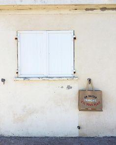 🌴 ~ En vacances ~ 🌴 • www.unbaiserfrancais.fr • 〰 #BAISERFRANCAIS #nouveaute #cabas