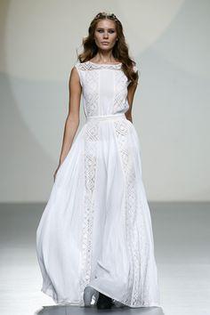 Teresa Helbig - Madrid Fashion Week P/V 2014 Yes To The Dress, Dress Me Up, Fashion Beauty, Fashion Looks, Cool Style, My Style, Couture Dresses, Dress To Impress, Fashion Photography