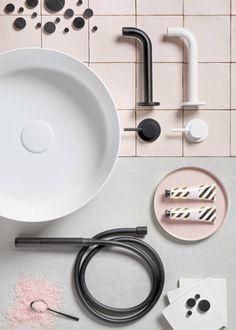 Vind je het nog lastig om een kleurstelling te bepalen voor jouw nieuwe badkamer of toiletruimte? Sanidrõme bied je badkamer inspiratie aan de hand van een aantal collages, waarin verschillende badkamerstijlen qua kleurstelling zijn uitgewerkt. Collages, Sink, Home Decor, Sink Tops, Collagen, Interior Design, Home Interior Design, Collage, Sinks