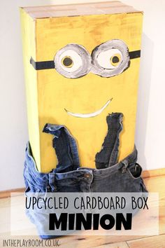 How to make a cardboard box Minion. Fun junk modelling upcycling kids craft idea for fans of the minions movie Minion Movie, Upcycled Crafts, Diy And Crafts, Easy Crafts, Diy For Kids, Crafts For Kids, Kids Fun, Dinosaur Small World, Monsters