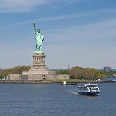 Which French engineer helped to build the Statue of Liberty? #trivia #quiz #NYC #USA #question #liberty #statue  www.quizquest.eu