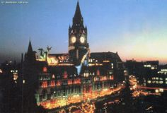 Manchester in 1985 - 30 years ago - Manchester Evening News Town Hall, 30 Years, Empire State Building, Big Ben, Manchester, Britain, History, 1980s, Roots