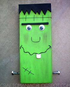 halloween wood crafts   ... . Thanks Roberts Crafts for featuring me and MR. PLANK FRANK. jen