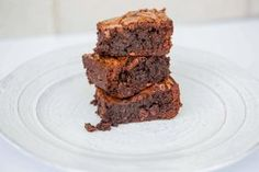 Paleo Brownies Recipe with 7 Perfect Ingredients - Dr. Axe http://www.draxe.com #health #holistic #natural