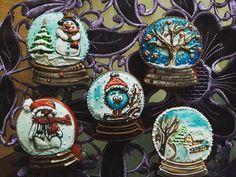 Snow Globes, Gingerbread, Instagram Posts, Home Decor, Decoration Home, Room Decor, Ginger Beard, Home Interior Design, Home Decoration