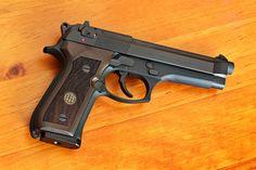 Beretta Walnut Grips on Beretta 92FS
