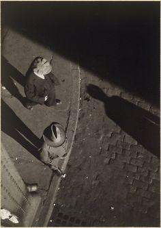 [Street Scene, New York] - Walker Evans (American, St. Louis, Missouri 1903–1975 New Haven, Connecticut) 1928