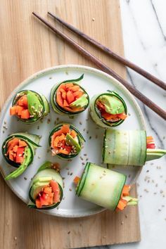 Cucumber Sushi Roll | FeelGoodFoodie Veggie Sushi Rolls, Cucumber Sushi Rolls, Cucumber Roll Ups, Sushi Sushi, Sushi Rice Recipes, Cucumber Recipes, Vegan Recipes, Tempura, Superfood