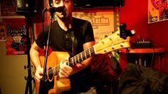 Marc Rosa chante pour l'anniversaire Jean Pierre Biaut Casa Latina (Bordx) Marc Rosa chante pour anniversaire Jean Jean-Pierre Biaut Casa Latina.  CASA LATINA 59 QUAI DES CHARTRONS 33300 BORDEAUX Infos / 0557871580 Casa Latina (Bx) le club du live. Tous les soirs un concert Merci à tous ceux qui aiment cette musique et à tous ceux qui la propagent. https://www.youtube.com/watch?v=YuMDIFvkJsM