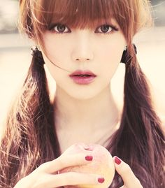 ulzzang. i love the makeup