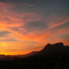 Junio #june #losdiasmaslargos #atardecer #sunset #sunsetlovers #unodelosnuestros #ItxasmendiNosCuida #Finestrat