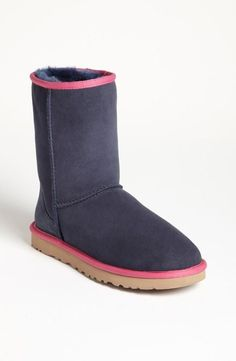 the best attitude 210fc 93838 Colorblock UGG Boots! Classic Ugg Boots, Ugg Classic, Short Boots, Blue Uggs