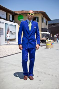 Luca Rubinacci in (again) Blue Double-Breasted Suit with concealed buttons and colourful accessories. Bravo!