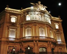Palacio de Linares en la plaza de Cibeles en Madrid