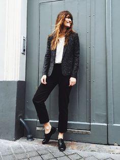 cropped black trousers, gray blazer, white blouses tee