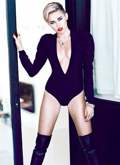 Mайли Сайрус в журнале Fashion, ноябрь 2013 Miley Cyrus / Майли Сайрус фотограф Chris Nicholls Fashion Magazine november 2013