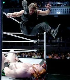 WWE Live Event (7/4/13) - Tokyo, Japan - Dean Ambrose vs Sheamus