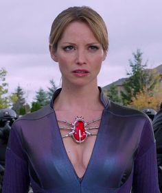 Sienna Guillory as Jill Valentine in Resident Evil Retribution Resident Evil Costume, Resident Evil Girl, Sienna Guillory, Jill Valentine, Valentine Resident Evil, Milla Jovovich, Movie Characters, Actresses, Lady
