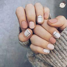 Madison♡ ↠{Mgracevball}↞ Spring Nails, Summer Nails, Nailart, Short Nails Art, Nail Art Tumblr, Black Nails, White Nails, Móng Tay, Different Color Nails