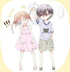 THIS IS ME AND AIDEN, HE'S THE LITTLE GIRL, AND IM THE LITTLE BOY XD