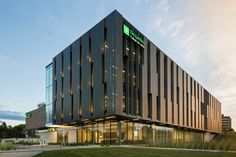 Gallery of Desjardins Group Head Office / ABCP architecture + Anne Carrier Architectes - 11 Architecture Design, Factory Architecture, Industrial Architecture, Concept Architecture, Contemporary Architecture, Chinese Architecture, Futuristic Architecture, Hospital Architecture, Office Building Architecture
