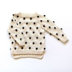 Cute pom pom sweater for kids | @modernburlap loves